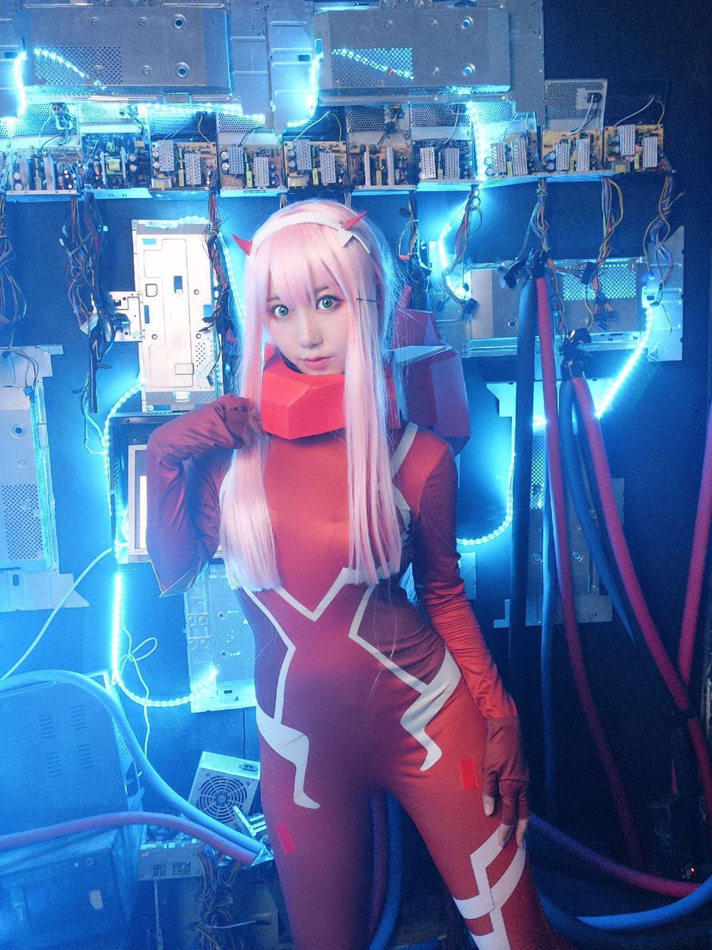 DARLING In The FRANXX 02 Zero Two Combat Suit Women Costume Full Sets